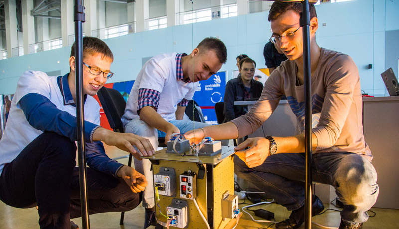 Space is near: FEFU students created space satellite prototypes at WorldSkills Championship