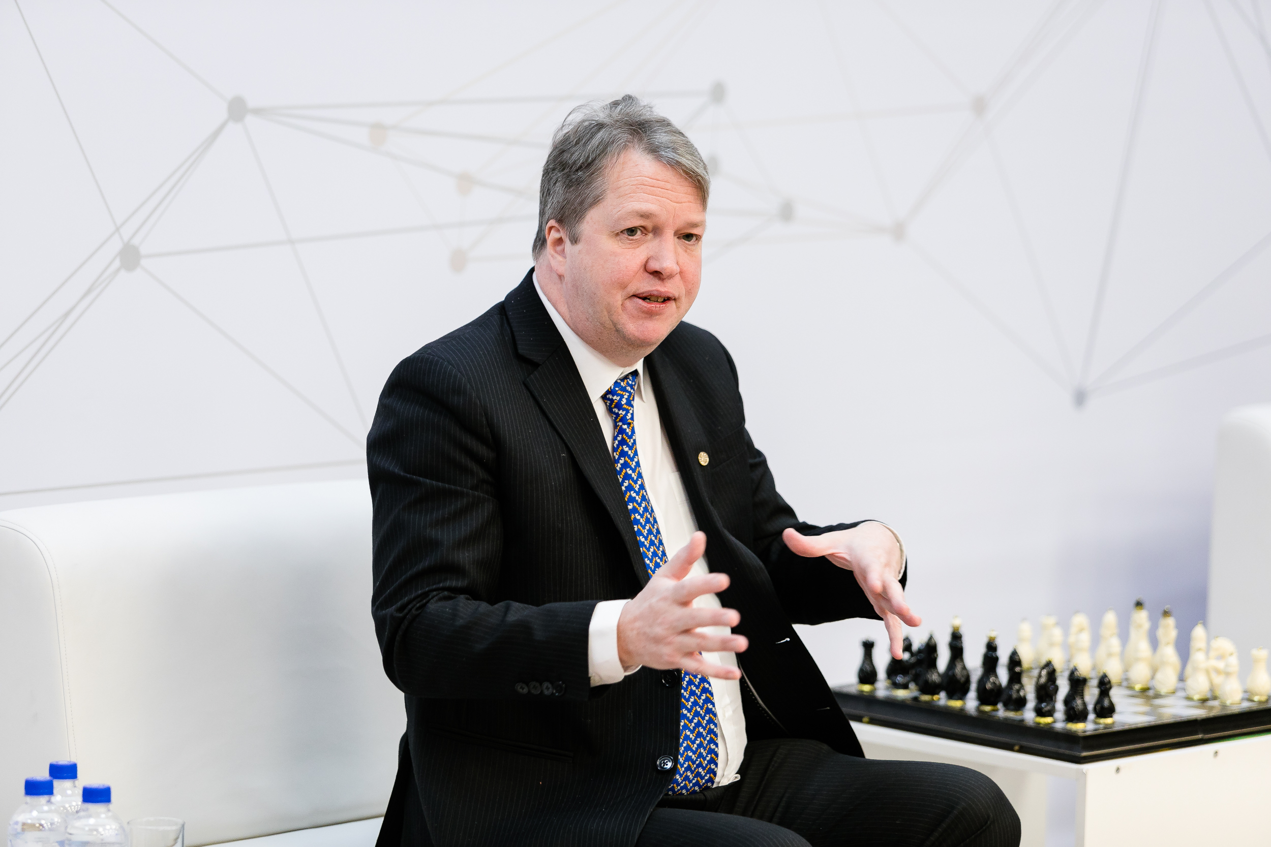 Nigel Short shared some secrets of chess victories with FEFU students