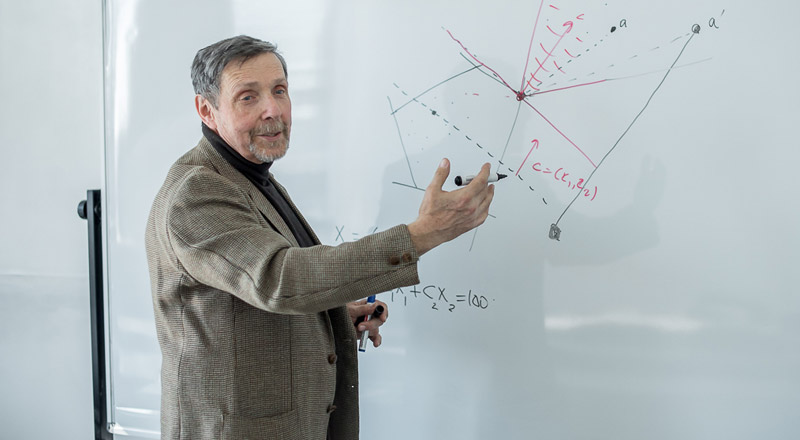Article by FEFU professor has been recognized as one of the best in world math