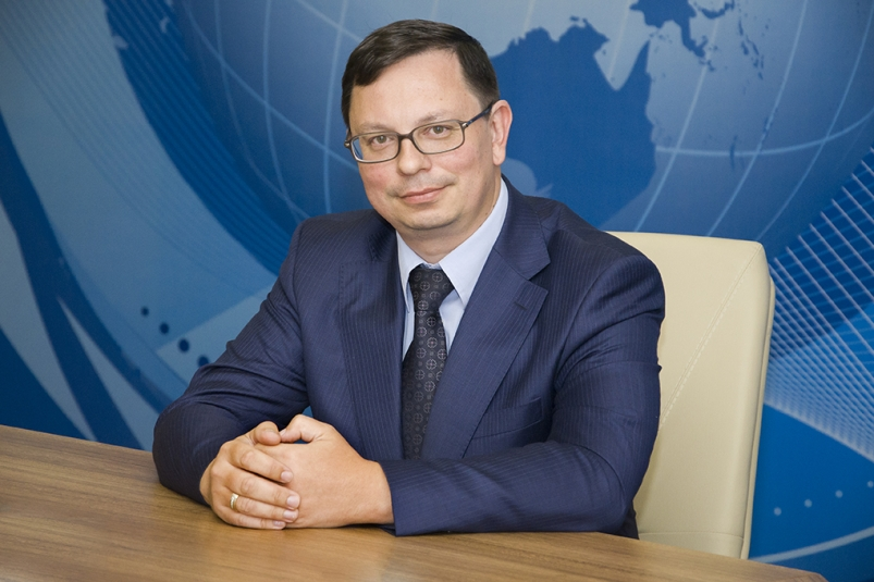 FEFU President Nikita Anisimov congratulates on the Day of Russian Science