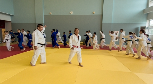 Head coach of Chinese National Judo Team held master class in Far Eastern Federal University